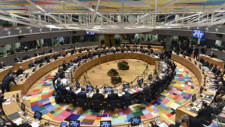 Ημίμετρα στο τραπέζι του Eurogroup
