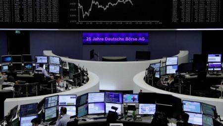 Σε κλοιό πιέσεων οι ευρωαγορές για την Πέμπτη