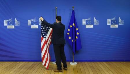 Η Κομισιόν ετοιμάζει αντίποινα 18 δισ. ευρώ για τις ΗΠΑ