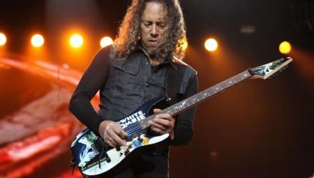 Το πουλάει το... σπίτι ο Kirk Hammett (photos)