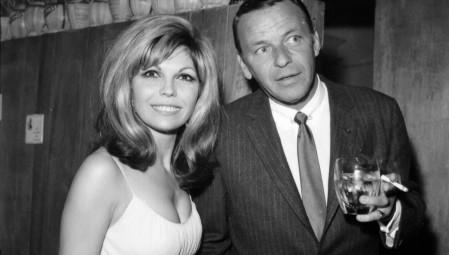 Απεβίωσε η Nancy Sinatra