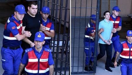 Με το πρωθυπουργικό αεροσκάφος επιστρέφουν στην Ελλάδα Κούκλατζης και Μητρετώδης