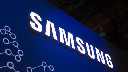 Η Samsung ετοιμάζει αναδιπλούμενο κινητό τηλέφωνο!
