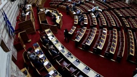 Τροπολογία για την κυκλοφορία ηλεκτρικών ταξί από τον Σπίρτζη