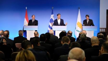 Ο Τσίπρας τόνισε τα ενεργειακά ζητήματα στην τριμερή με Κύπρο και Αίγυπτο