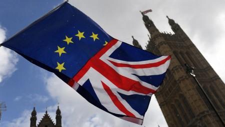 Παραιτήθηκε ο αρμόδιος υπουργός για το Brexit