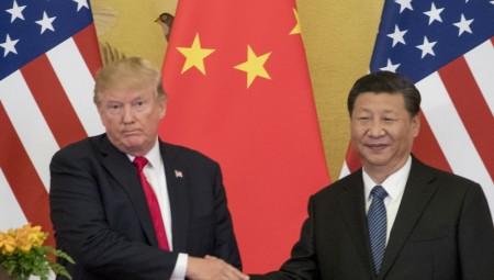 «Φρέσκες» απειλές των ΗΠΑ προς την Κίνα για το εμπόριο