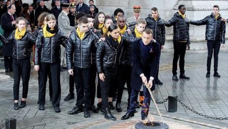 Ο Μακρόν για την ενίσχυση του ευρωπαϊκού στρατού
