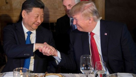 Επικοινωνία Τραμπ με τον Κινέζο πρόεδρο για εμπόριο και Β. Κορέα