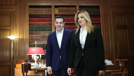 «Αρένα» και μεταξύ Τσίπρα - Γεννηματά στη Βουλή