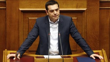 Και πάλι ο Τσίπρας με το «τέλος των μνημονίων», στη Βουλή