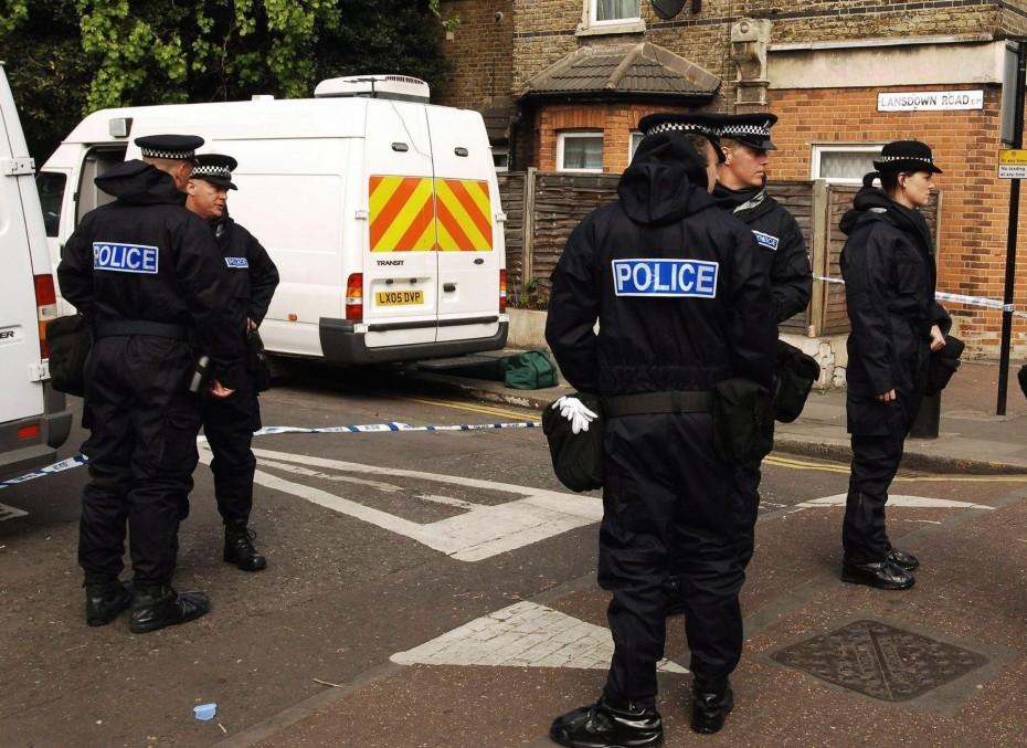 BRITAIN TERROR RAID