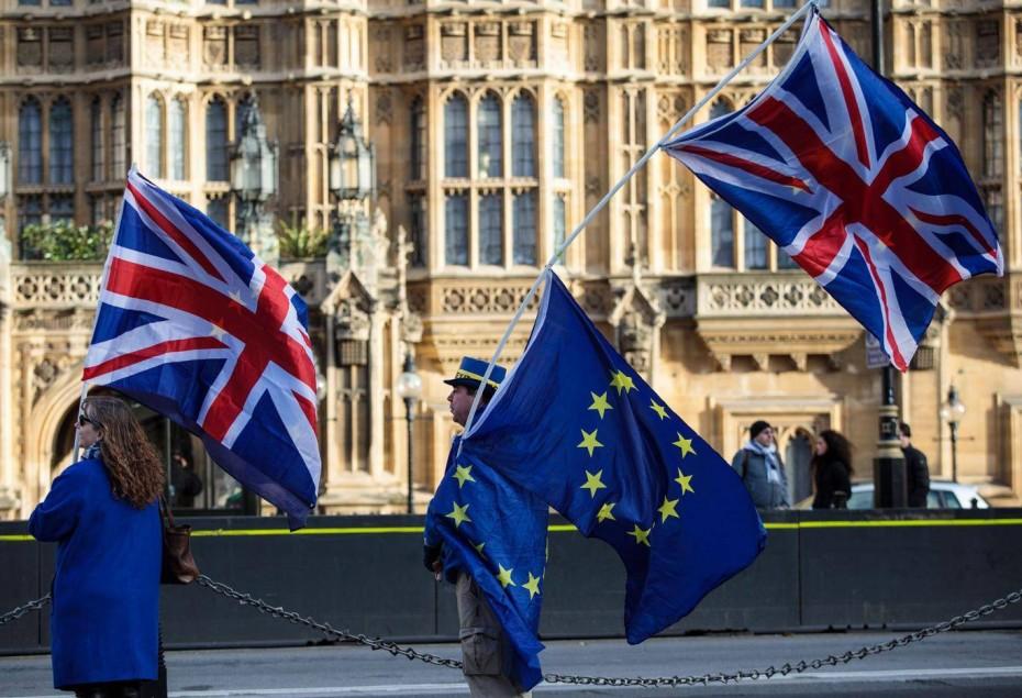 Στο χαμηλότερο επίπεδο από το 2012 το βρετανικό ΑΕΠ