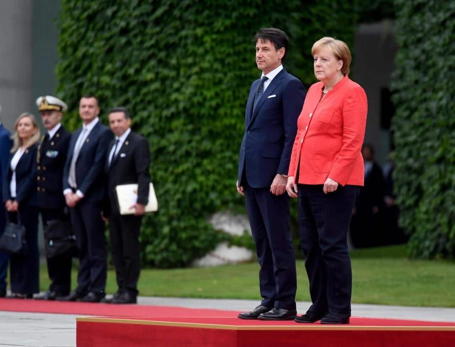 Ο Κόντε «χαμηλώνει» τις προσδοκίες για τη συνάντηση με το μεταναστευτικό