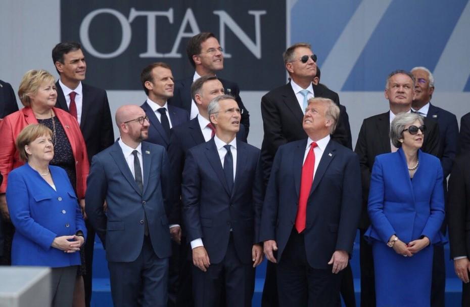Στα άκρα με το «καλημέρα» η σύγκρουση Μέρκελ - Τραμπ στο ΝΑΤΟ