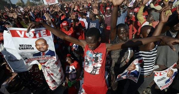 Ζιμπάμπουε: Τουλάχιστον 2 νεκροί από αναταραχές μετά από τις εκλογές