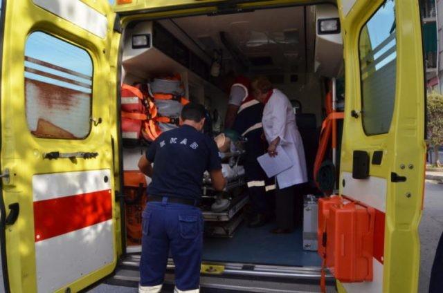 Πτώση άνδρα από τριώροφο κτήριο στη Θεσσαλονίκη
