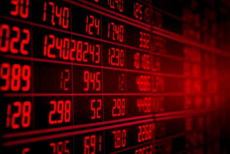 Σε «αχαρτογράφητα ύδατα» το ΧΑ - «Ξεπούλημα» στις τράπεζες