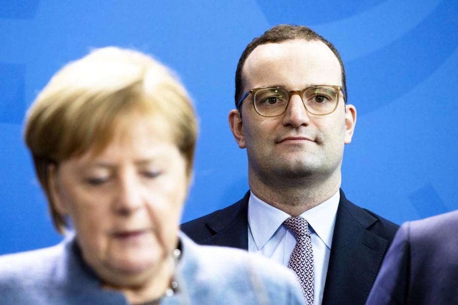 Ο Σπαν θέλει τη Γερμανία εκτός του Συμφώνου του ΟΗΕ για τη Μετανάστευση