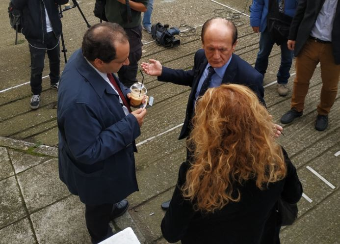 «Ασπίδα» Σπίρτζη στον Λυμπερόπουλο στη δίκη της Taxibeat