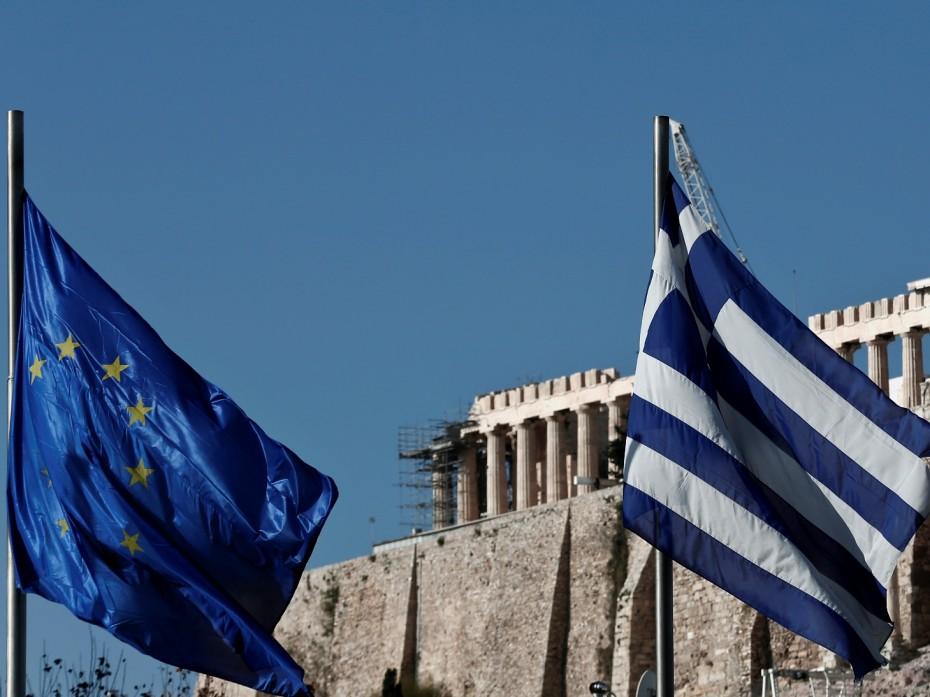 Γιατί η Αθήνα αγωνιά για τους πολιτικούς τριγμούς στην Ευρώπη