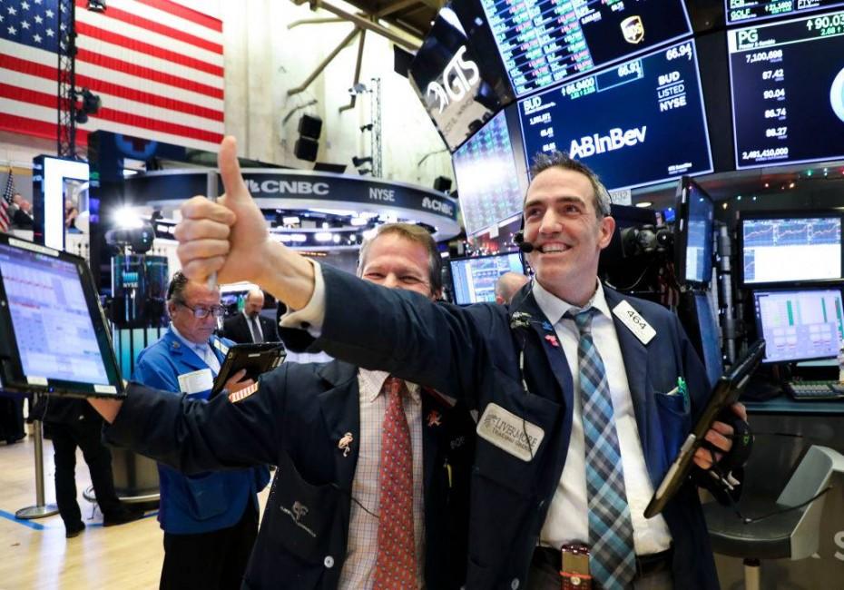 Τα εταιρικά αποτελέσματα ενίσχυσαν τη Wall Street για την Τετάρτη