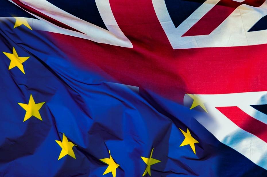Brexit: Ο Μάας «δείχνει» σε επαναδιαπραγμάτευση, η Μέρκελ λέει «nein»