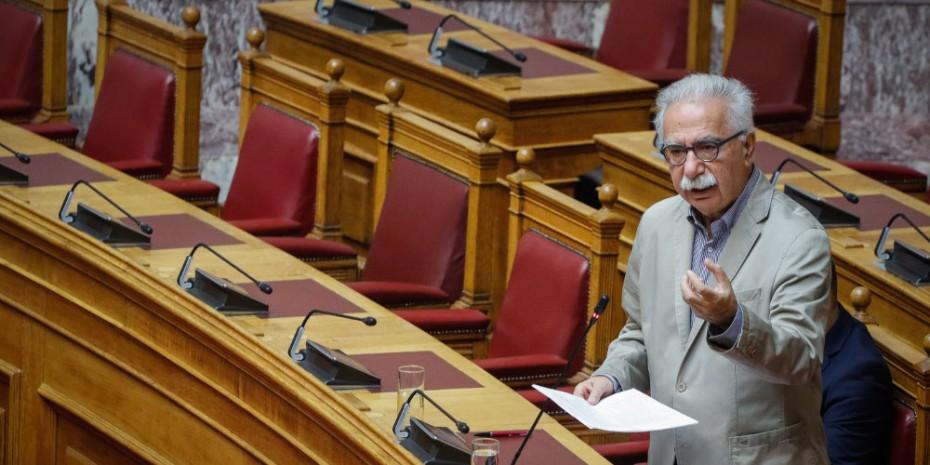 Στη Βουλή η τροπολογία για την πρόσληψη 15.000 εκπαιδευτικών