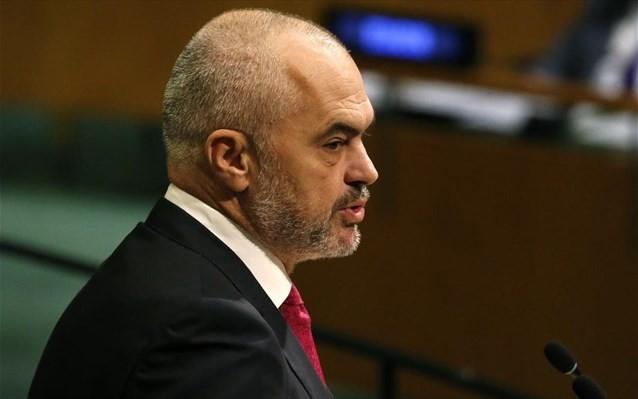 Ο Ράμα υπόσχεται «ανοιχτά» σύνορα μεταξύ Αλβανίας και Κοσόβου