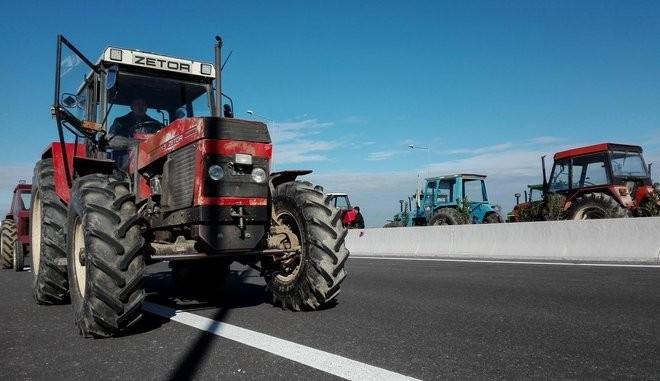 Στις 28 Ιανουαρίου οι αγρότες βγάζουν τα τρακτέρ στους δρόμους