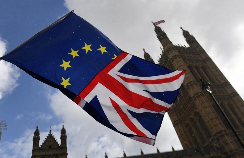 «Βαρίδι» το Brexit για τη βρετανική οικονομία