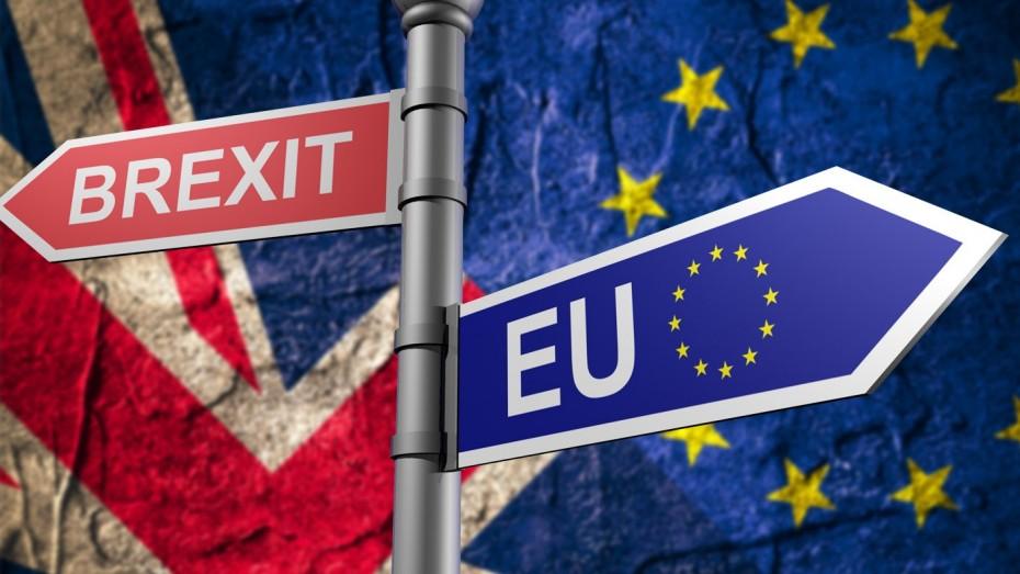 BBG: Το Brexit παίζεται σε μία «ζαριά» της ύστατης στιγμής