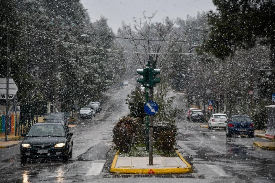 Νέο alert από ΕΜΥ για κακοκαιρία: Χιόνια ακόμη και στην Αθήνα