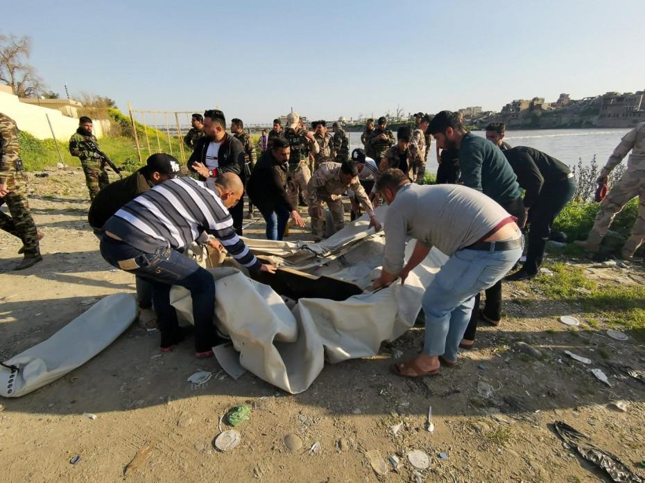 Στους 120 οι νεκροί από τη βύθιση φέρι στο Ιράκ