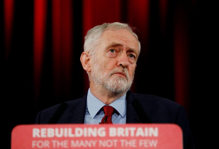Brexit: Τώρα ο Κόρμπιν στηρίζει δημοψήφισμα με την πρόταση της Μέι
