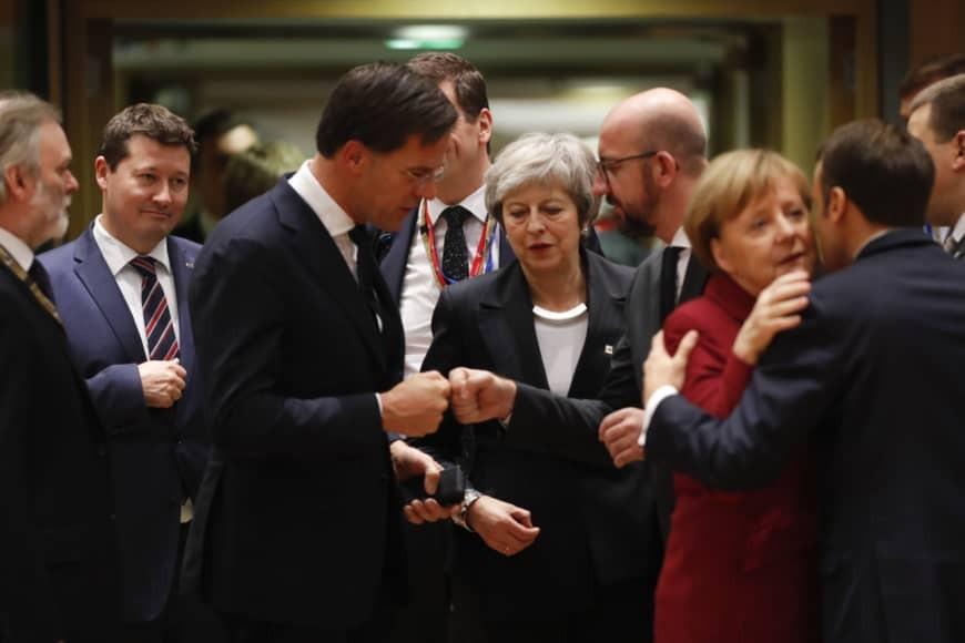 Η Μέι θα αιτηθεί την παράταση του Brexit στη Σύνοδο Κορυφής
