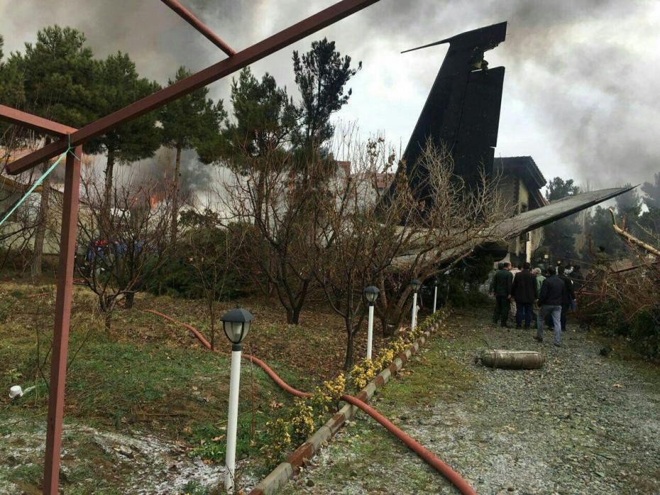 Ιράν: Αεροπλάνο με 50 επιβάτες έπιασε φωτιά