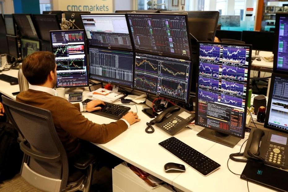«Ψύχραιμα» κέρδη στις ευρωαγορές για την Πέμπτη