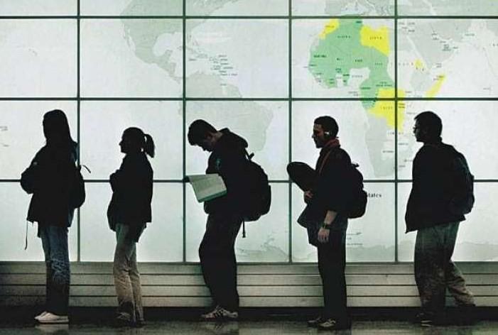 DW: Τι πρέπει να κάνουν οι Έλληνες που θέλουν να σπουδάσουν στη Βρετανία;
