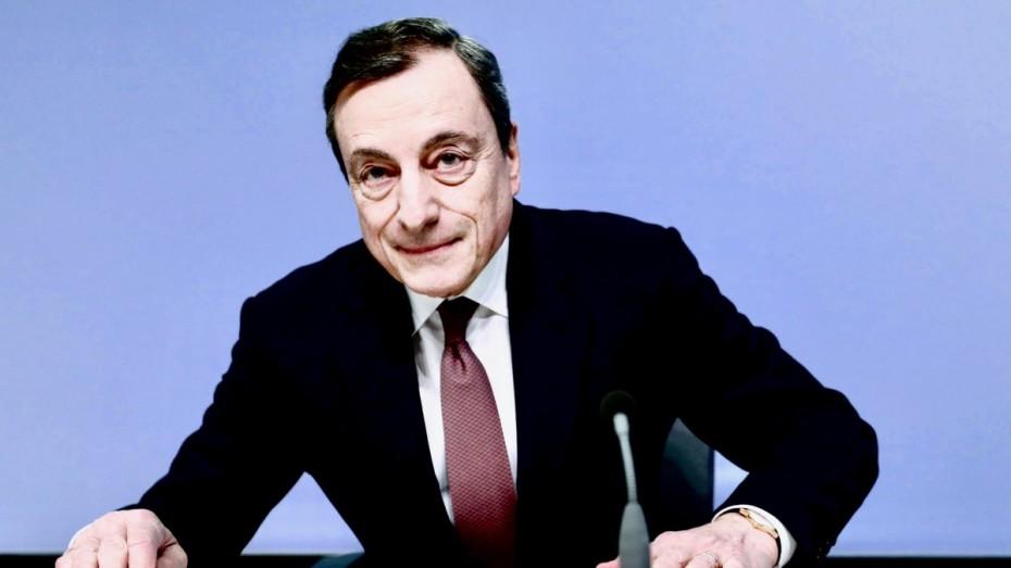 Ντράγκι: Παραμένουν τα ρίσκα για την ανάπτυξη - Έτοιμη για παρέμβαση η ΕΚΤ