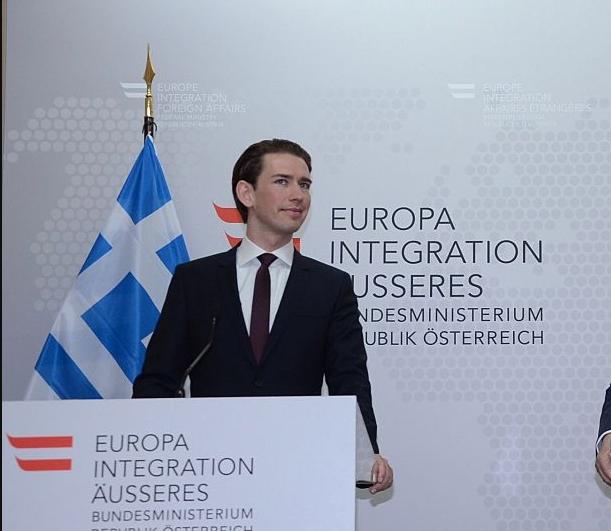 Να μη γίνει η Ιταλία δεύτερη Ελλάδα, τονίζει ο Κουρτς