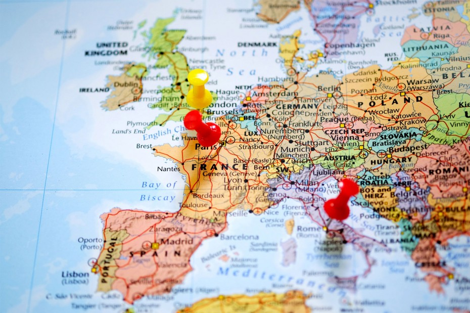 Ανοδικό «ξέσπασμα» στις ευρωαγορές για την Τρίτη