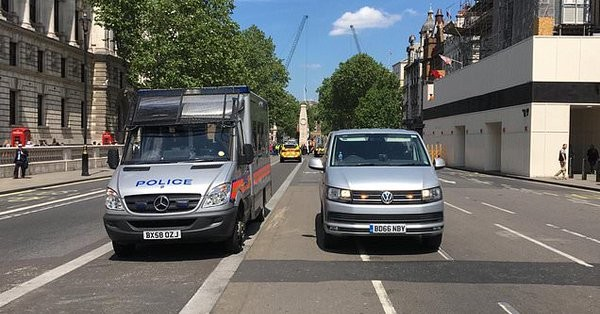 Λήξη συναγερμού για το ύποπτο δέμα στο Λονδίνο