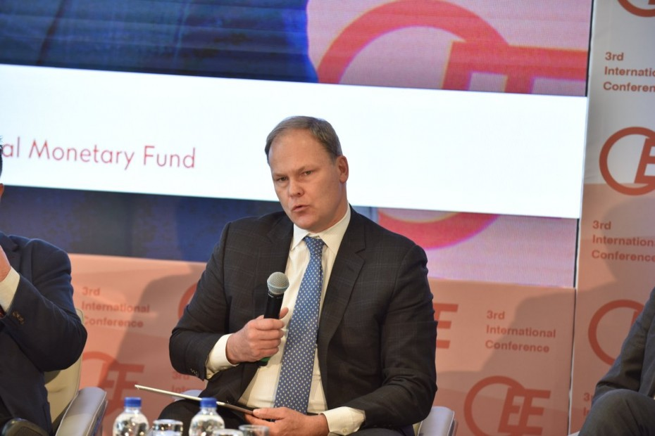 Το ΔΝΤ «καρφώνει» Τσίπρα για τις προεκλογικές παροχές
