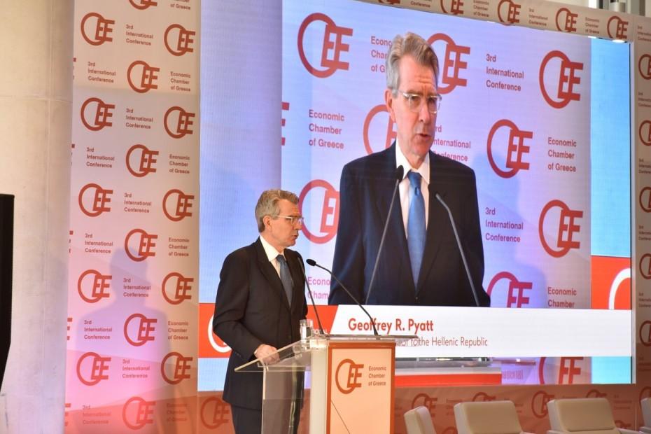 Περισσότερες μεταρρυθμίσεις ζητά ο Πάιατ στην Ελλάδα