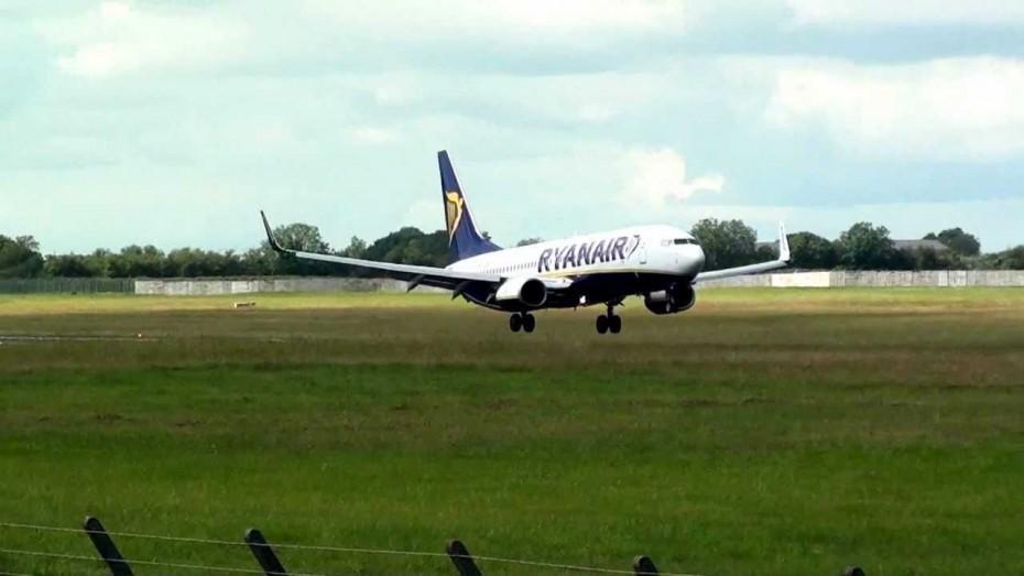 Σε «ελεύθερη πτώση» τα κέρδη της Ryanair