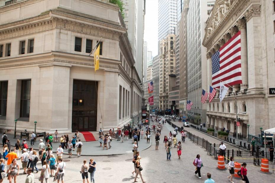 Συνεχίζει το ανοδικό σερί ο Dow