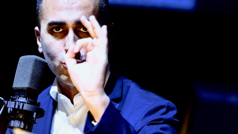 Τώρα ο Ντι Μάιο περιμένει βοήθεια από την ΕΕ για το έλλειμμα της Ιταλίας