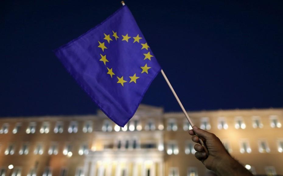 ΕΕ: «Ψαλιδίζει» την ανάπτυξη και προειδοποιεί για την «κληρονομιά» του ΣΥΡΙΖΑ