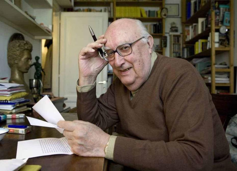 Πέθανε ο συγγραφέας Αντρέα Καμιλέρι